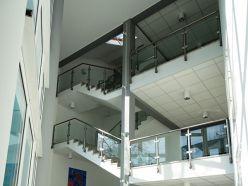 Schicke Büroeinheit in repräsentativem Bürohaus am Mainzer Stadtrand gelegen!