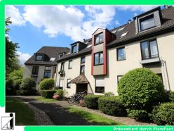 Kapitalanlage in Ratingen-Ost ! Sehr gepflegte 3-Raum-Wohnung mit schönem Balkon