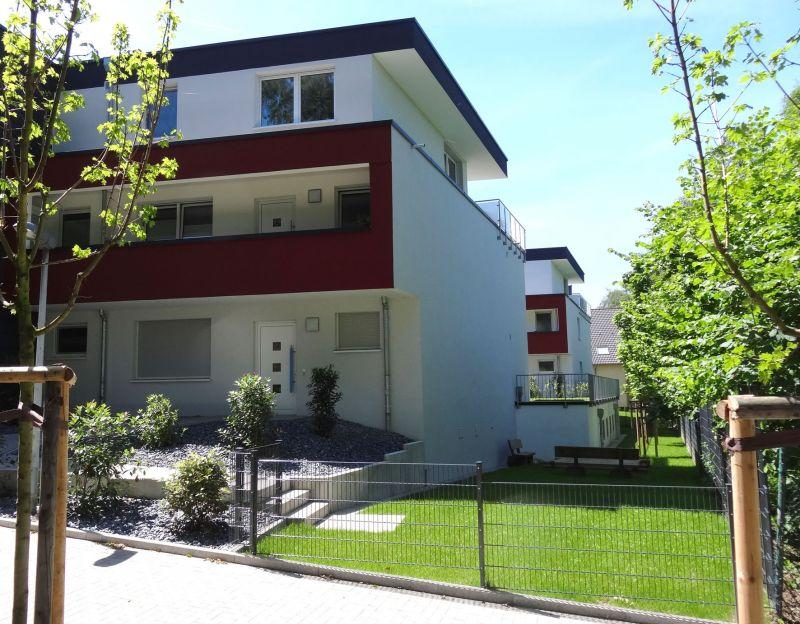 2 zimmer erdgeschoss in 44625 herne herne s d ivd24id 182524415. Black Bedroom Furniture Sets. Home Design Ideas